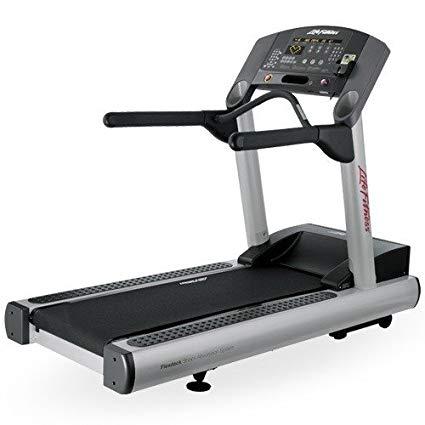 профессиональная беговая дорожка Life Fitness